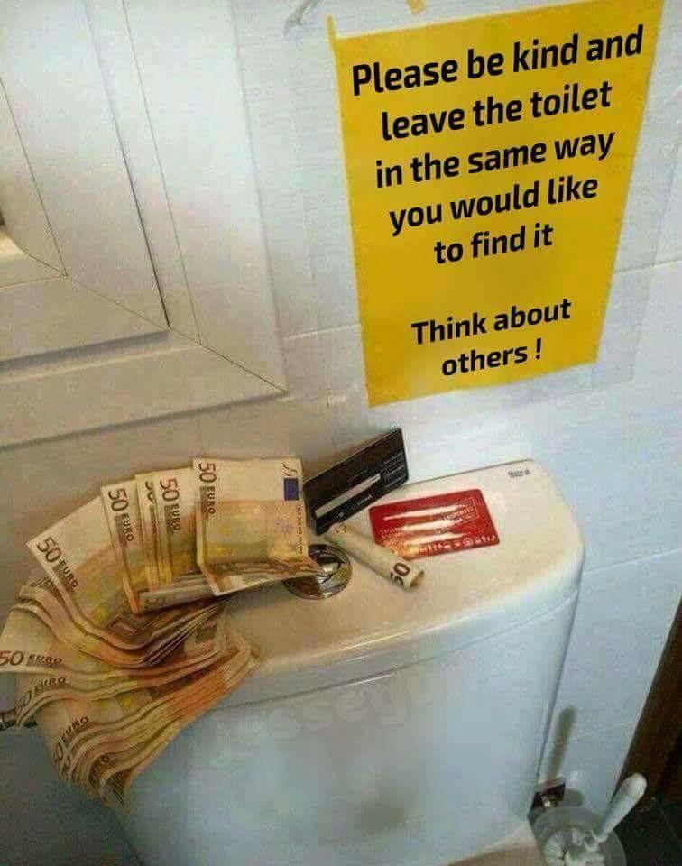 toilet_sign_cq2i3ruuwu901.jpg