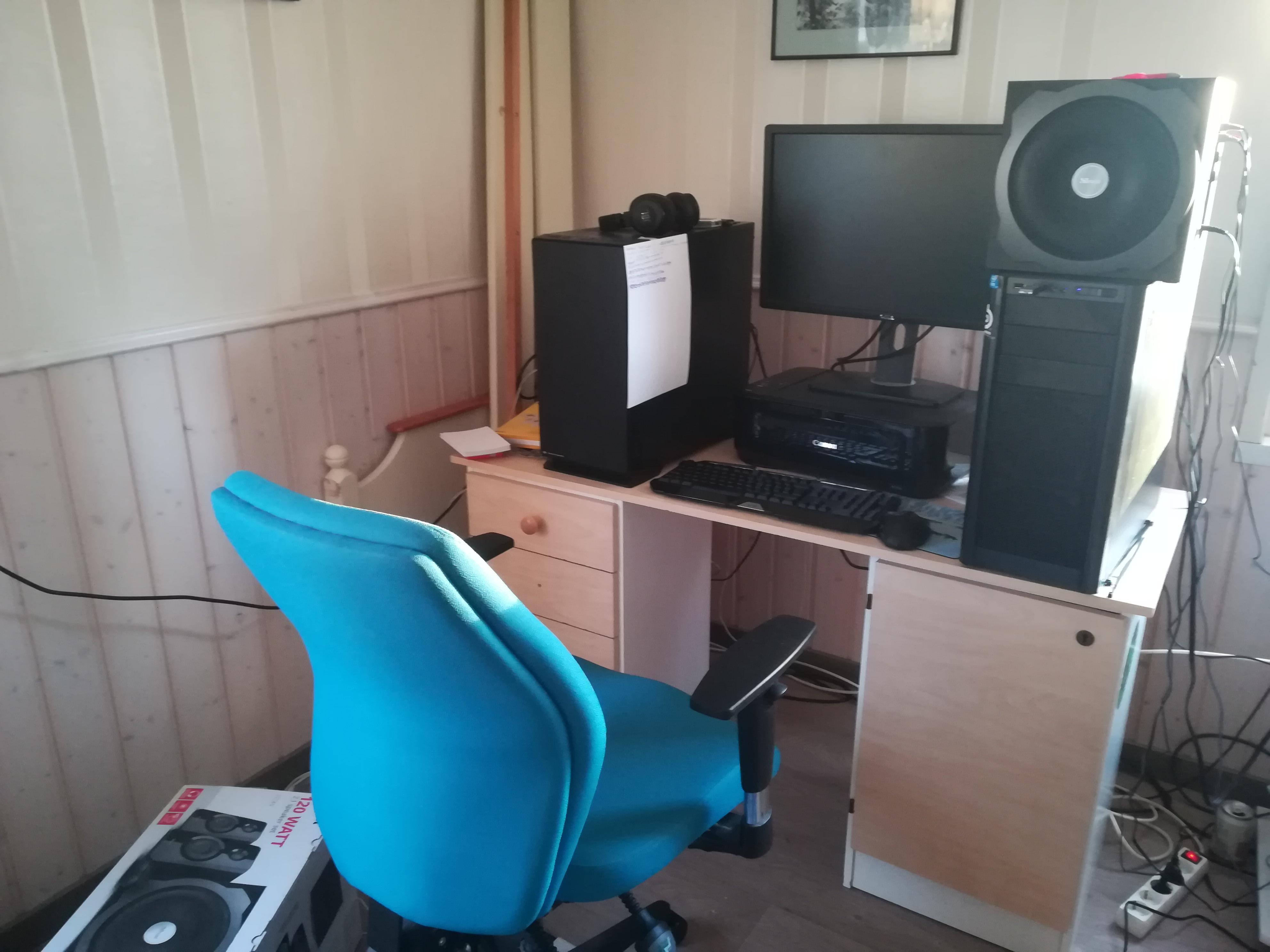 Työpöytä.jpg