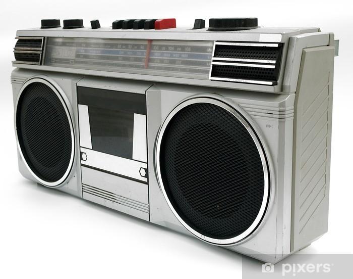 valokuvatapetit-1980-luvun-tyyliin-kannettava-kasettisoittimen-radio.jpg.jpg